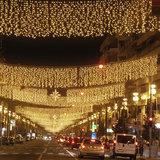 lichtgordijn boven straat